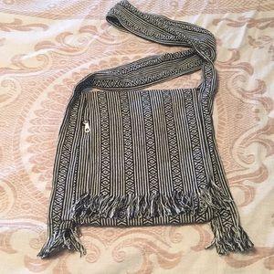 Handbags - Woven cross body bag